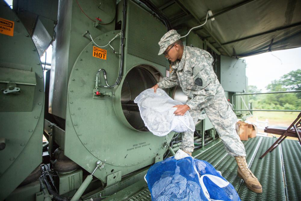 photo Air Force BMT: Laundry