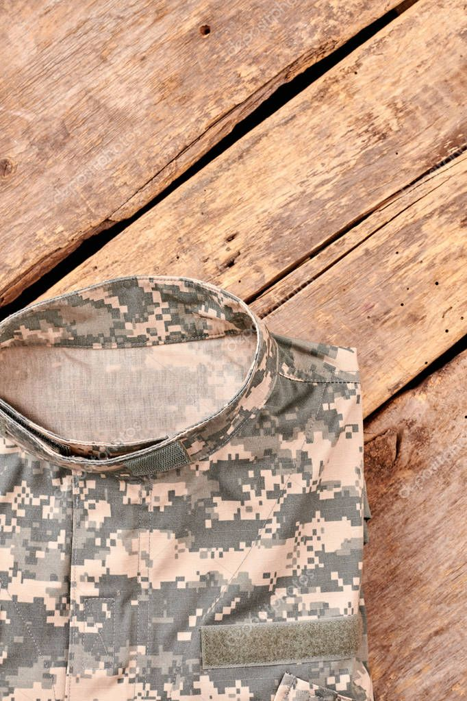 photo folding clothes military